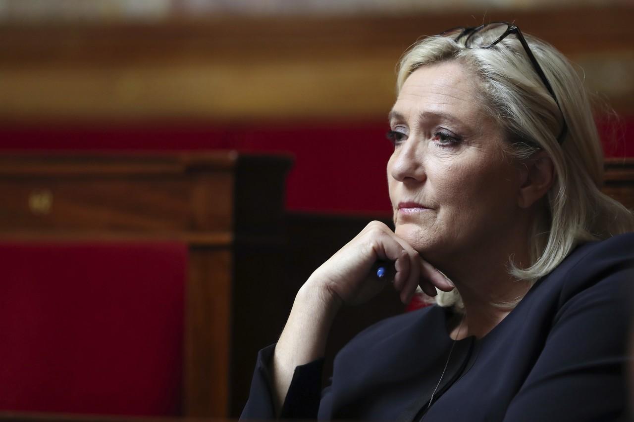 Managed Democracy set to Destroy Marine Le Pen