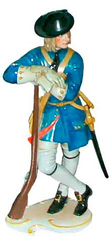 № 138 Brandenburg Musketeer, painted, height: 23.3 cm, introduced in 1943.
