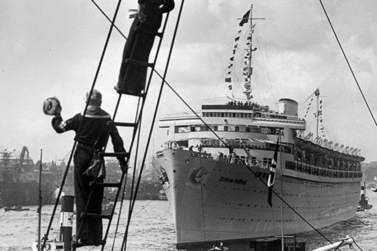 The Cruel Sinking of the Liners Built for Joy