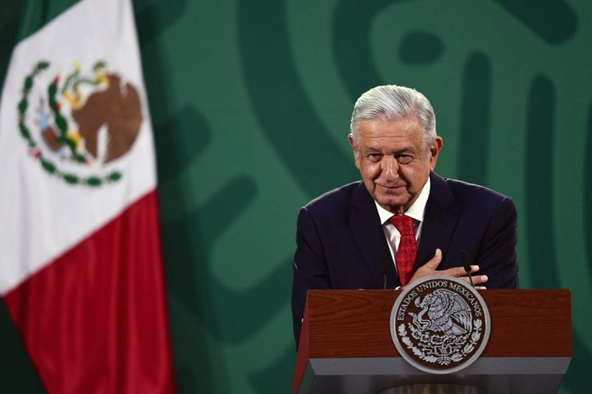 Has Mexican President signed his own death certificate