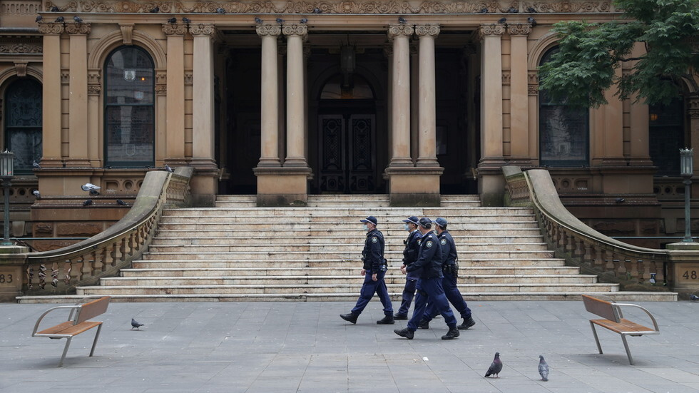 Growing Police Agent Unrest in Australia Penal Colony